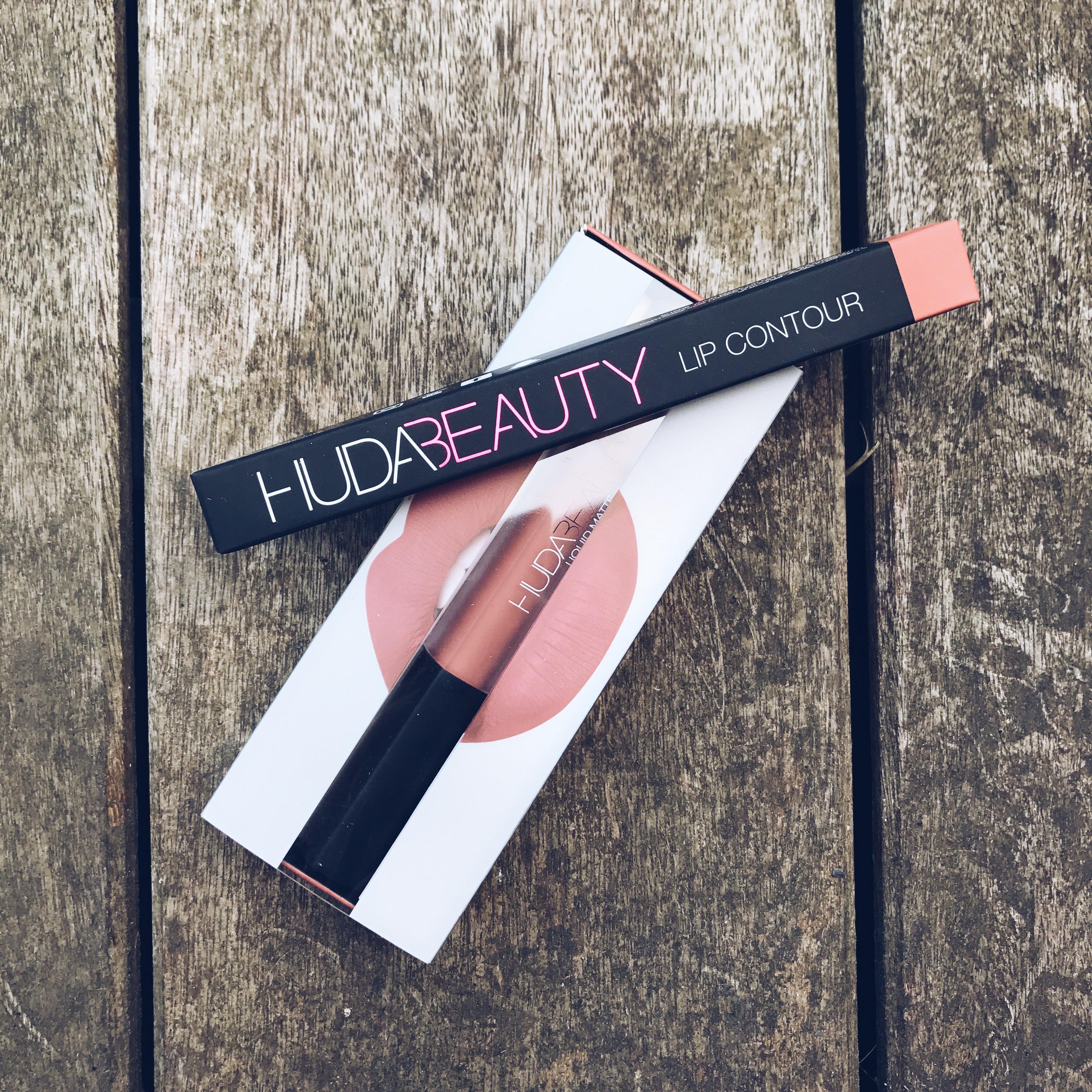 Contour Et De Au Le Liquid Huda Banc Lip Matte D'essai Beauty c3j4ALq5R