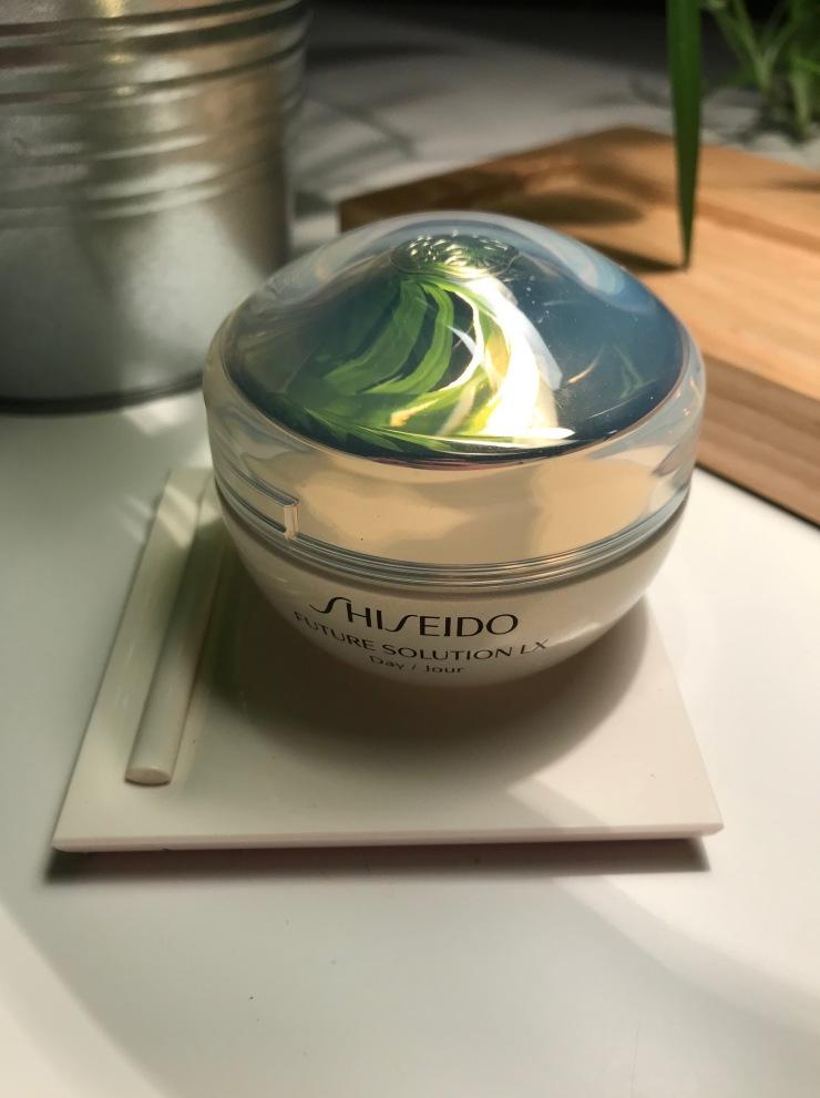 shiseido_futuresolutionlx_2018