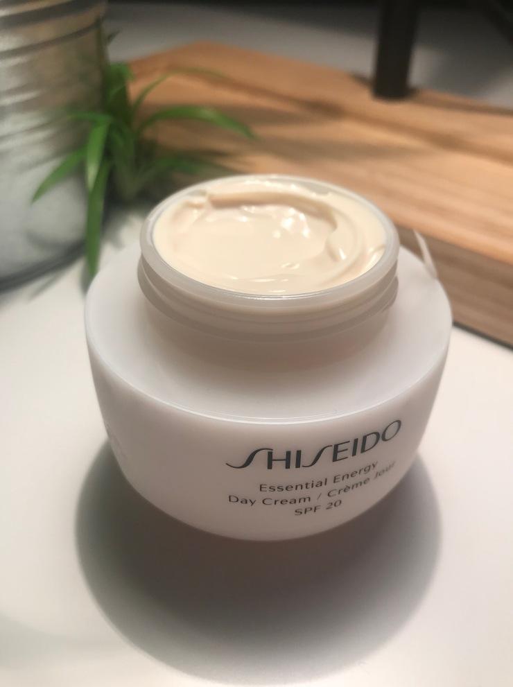 shiseido_essential_energy_day_cream