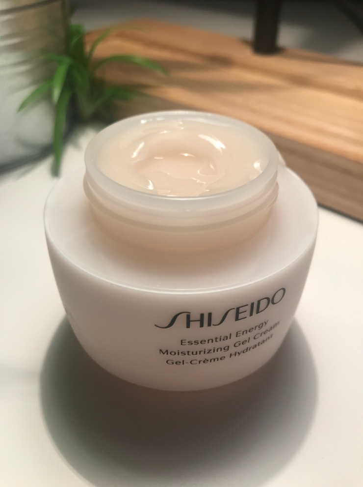 shiseido_essential_energy_gel_cream