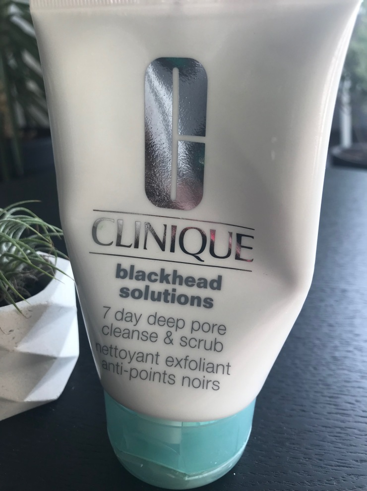 blackhead_solutions_clinique_nettoyant