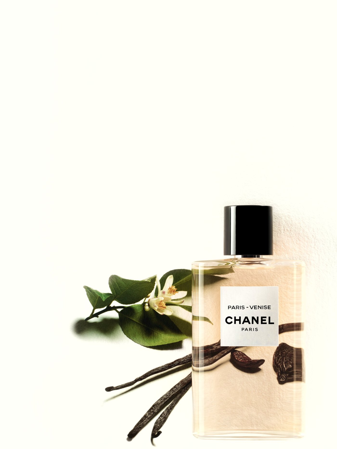 eau-chanel-paris-venise