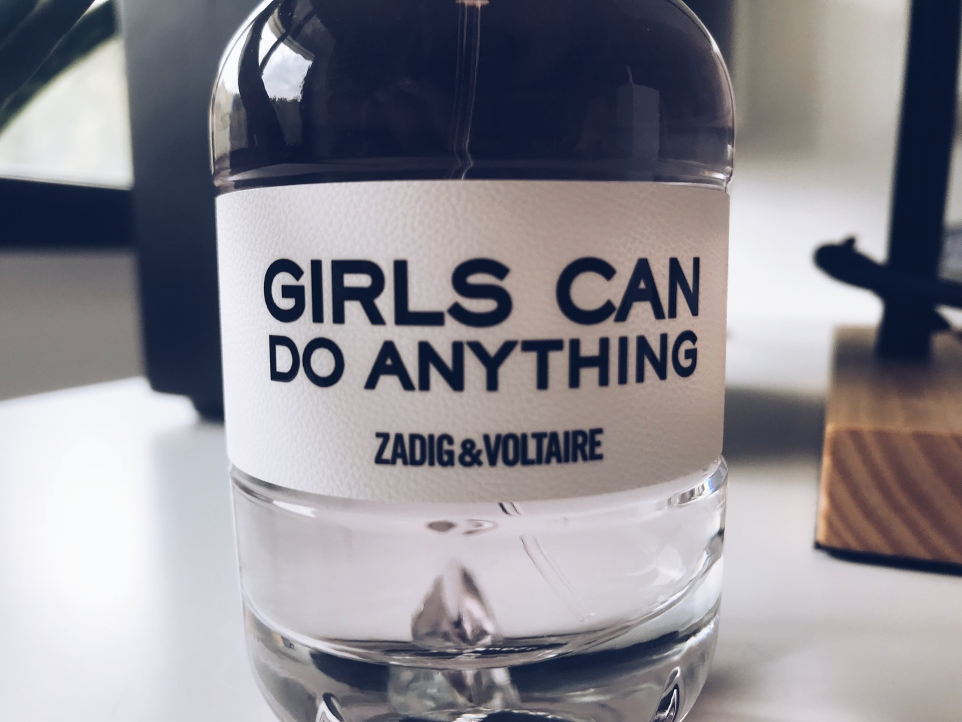 girls-can-do-anything-zadig&voltaire-perfume