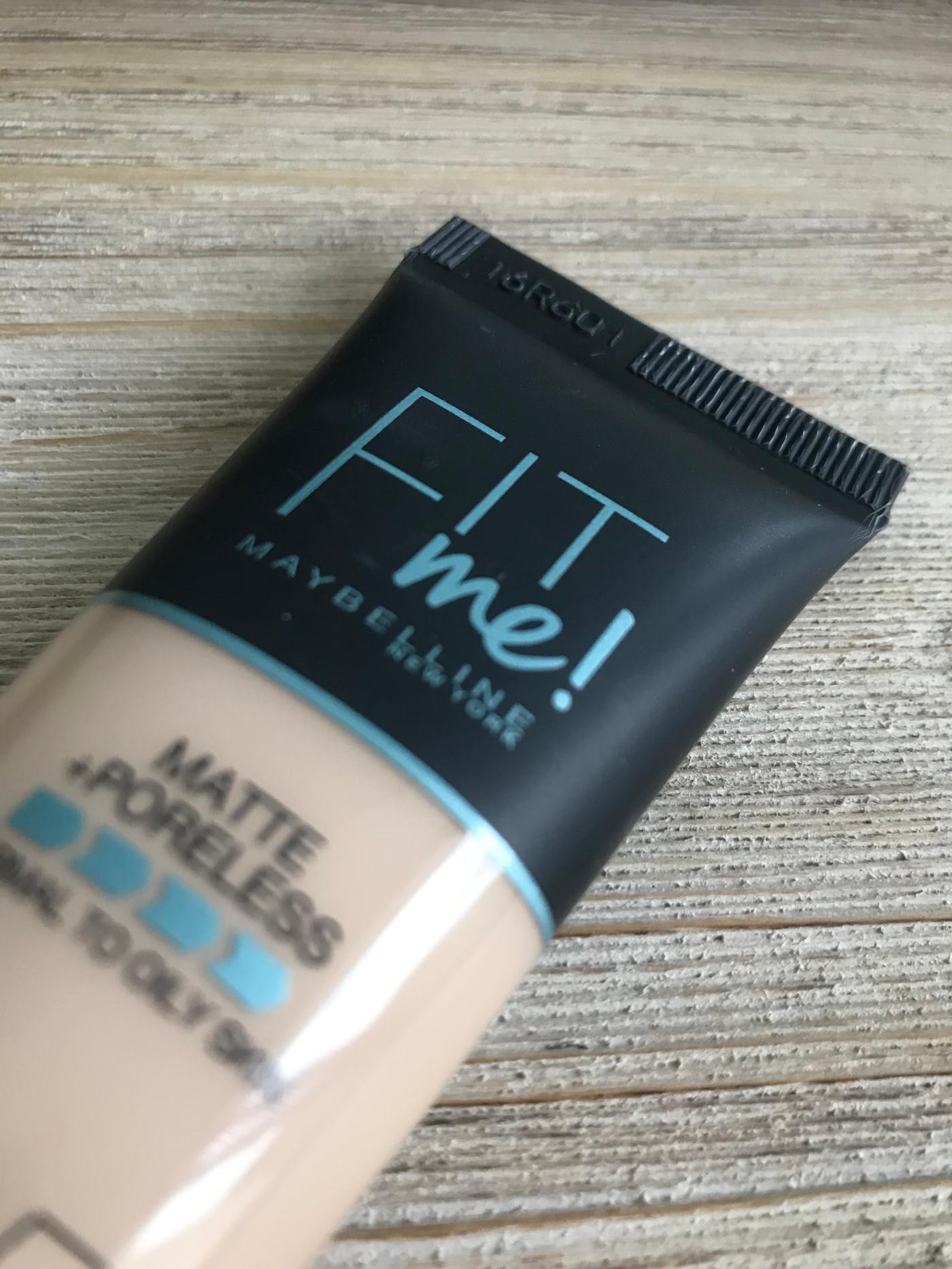 fit-me-matte-poreless-foundation-maybelline